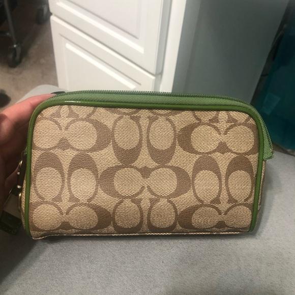 Coach Handbags - Coach makeup bag